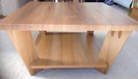 Coffe table. Substantial and firm. Very good condition.