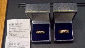 Matching engagement ring set