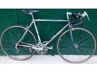 53cm Vintage Raleigh Pulsar Road Racing racer Bike. Classic design.