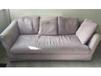 Comfortable 3 seater sofa available immediately ** FREE £0 ** Located in New Barnet **