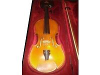 ANDREAS ZELLER full size with bow and case and shoulder rest