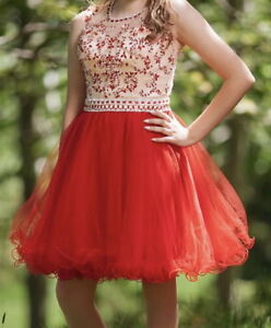 Beautiful Grade 8 Graduation Dress - Carbonear Area