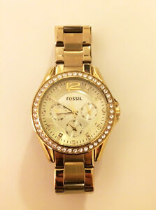 Ladies Fossil Watch in Great Condition