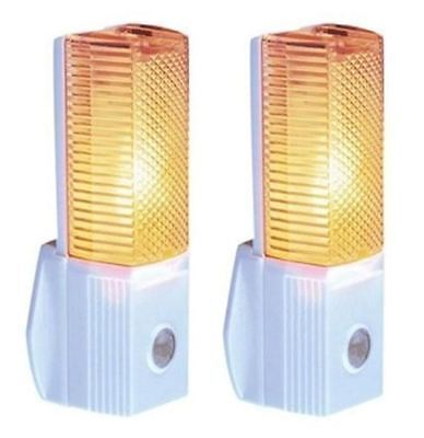 2 x Automatic Night Light Baby Safety Light Day and Night Sensor Low Energy