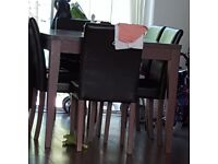 6 chaors amd dinning table