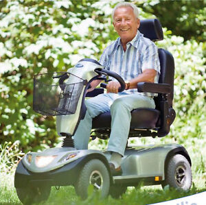 Invacare Comet 4 W Mobility Scooter - Clearance Sale $1100. off Kitchener / Waterloo Kitchener Area image 6