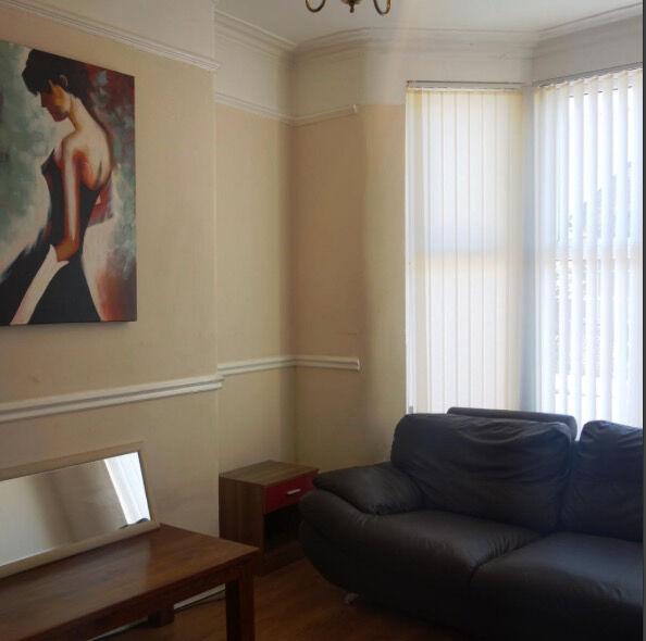 4 bedroom house in Ardleigh Road, London, N1