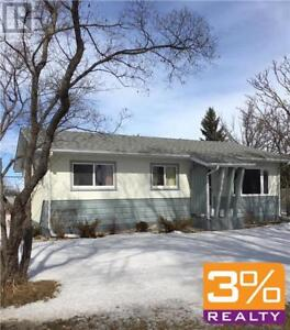 D22//Brandon/Family home w/ 3 br & 2 baths ~ by 3% Realty