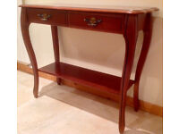 Hall/Console Table in very good condition