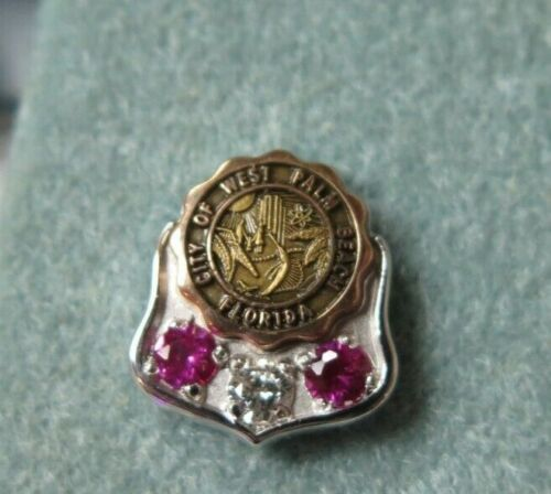 CITY of PALM BEACH Florida Vintage Mini Pin Tack 10K GOLD ORIGINAL CASE RED