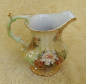 Ceramic Milk Jug - Gold gilding - soft tones - Japan made JG1 Blacktown Area Preview