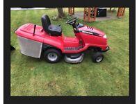 Honda 2315 V-TWIN Hydrostatic Sit On Garden Mower