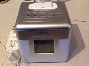 ihome Alarm Clock with iPhone 5 adapter