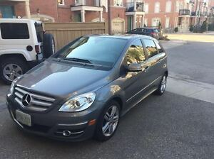 2010 Mercedes-Benz B-Class TURBO - FULLY LOADED Hatchback