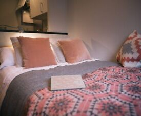 STUDENT ROOM TO RENT IN MANCHESTER. NON-EN-SUITE AND STUDIO WITH PRIVATE ROOM AND BATHROOM