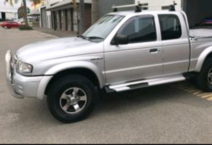 Mazda Bravo B4000 Auto