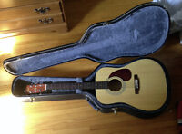 Cort Acoustic Guitar & case - like new, beautiful and rich sound