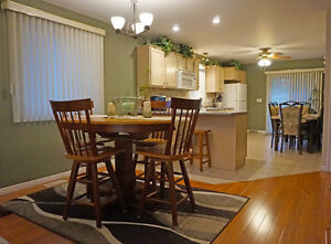 Private Exchange Presents This Beautiful Raised Ranch Windsor Region Ontario image 3