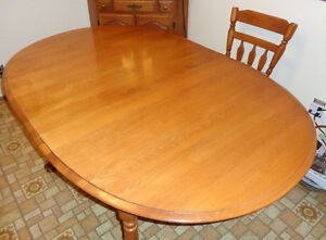 ROCK MAPLE Table, Chairs, Leaf ONE HOME FROM NEW—Solid Hardwood