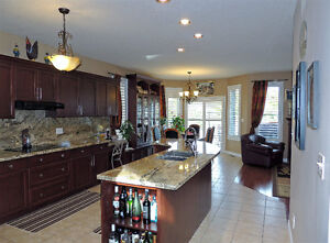 LACKNER WOODS-ALL BRICK BUNGALOW READY TO MOVE-IN Kitchener / Waterloo Kitchener Area image 8