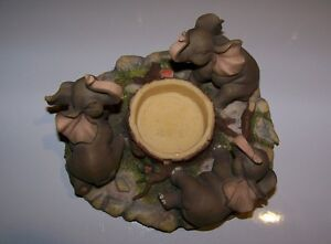Circle of 3 Lucky Elephants Candle Holder