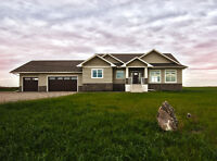 Amazing Brand New Build in Strathmore!