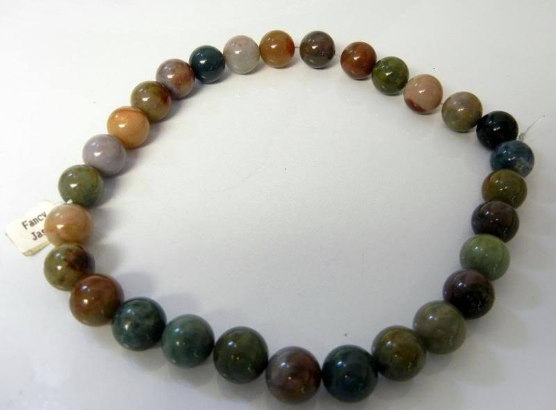Vintage Chinese Green Jasper 15mm Beads String 29 pcs.