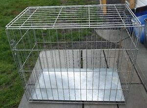 """LARGE COLLAPSIBLE DOG CAGE / KENNEL , 3' X 30"""" X 21"""""""