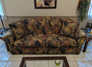 Set of 3 couches in immaculate condition