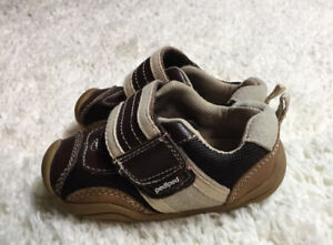 Boys Shoes Size 5.5 Pediped's