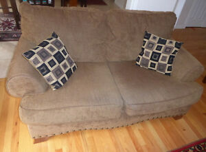 3-seater sofa $350 and loveseat $250 from Ashley, good condition Kitchener / Waterloo Kitchener Area image 2
