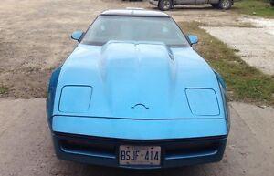 1987 Chevrolet Corvette Coupe (2 door)