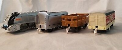 Thomas & Friends Trackmaster Motorized Train Spencer & Tender With Two Cars