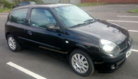 2004 1.2 Renault Clio Expression with 1 years MOT