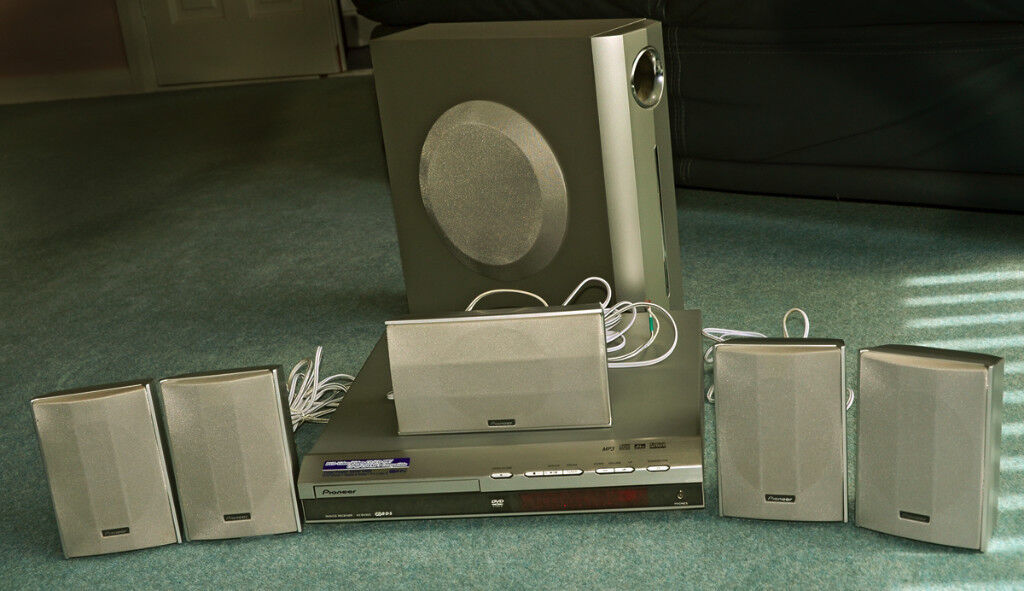 Pioneer Home Theatre Surround System/DVD
