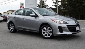 2013 Mazda MAZDA3 GX, Low Mileage, One Owner !!