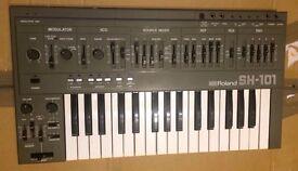 Roland SH-101 mono synth