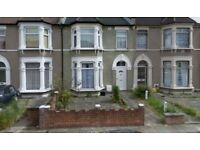 Large and beautiful 4 bed 2 reception house in Seven Kings IG3, Close to Station!