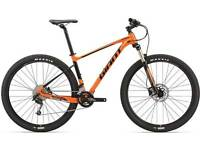 GIANT Fathom 29er 2 2017 Edition - Never been used.