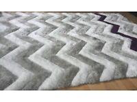brand new zigzag striped rug size 160 cm width. 230 cm long