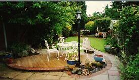 aluminium white garden set in good condition.