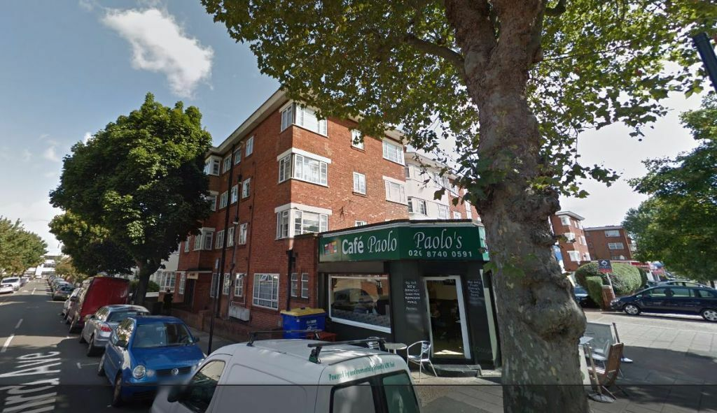 DSS WELCOME!! Modern 2 double bedroom flat on East Vale, The Vale, Acton, London, W3 7RU