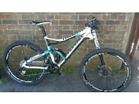 CANNONDALE TRIGGER 2 2013 FULL CARBON - FULL SUSPENSION MOUNTAIN BIKE. SIZE M FOX LEFTY SRAM