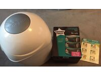 Tommee Tippee Sangenic Nappy Bin with 3 refill cassettes