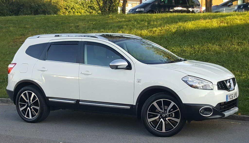 nissan qashqai 2 2011 ml 59500 n tec upgrade 1 5dci white xenon sat nav rev cam in bradford. Black Bedroom Furniture Sets. Home Design Ideas