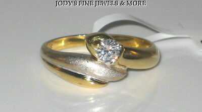SENSATIONAL ESTATE 18K TWO TONE GOLD DIAMOND SOLITAIRE RING .21 Ct  SI2 H Sz (18k Two Tone Diamond Solitaire)