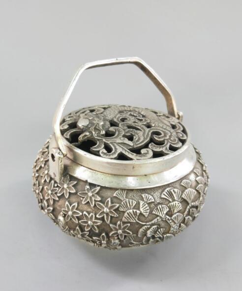 China Old Copper Tibet Silver Hand Carved Dragon Incense Burner Netsuke Ball