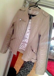 Guess Jacket- Quilted Cream colour Kitchener / Waterloo Kitchener Area image 4