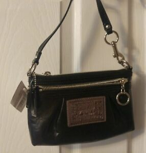 Coach - Poppy Handbag - New Black Patent leather Purse with tags
