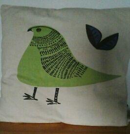 3 Habitat cushions 1 pier cushion